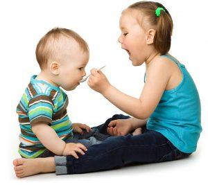 Eye Q baby kan gemengd worden met voeding zoals vla of yoghurt